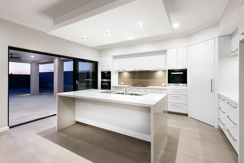 Perth Custom luxury home builders iluka