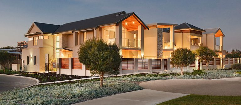 Big, wide and luxury home as the featured image on updates and blogs.